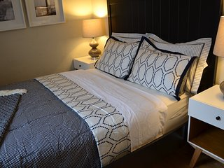 Gorgeous duplex in the Heart of North End (h2c) - Boston vacation rentals