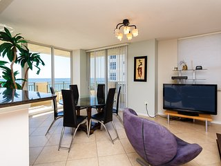 Direct Ocean Luxury 3 bedrooms Condo - Hallandale vacation rentals