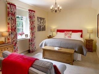 Luxury cottage near Ross on Wye in great location - Weston under Penyard vacation rentals