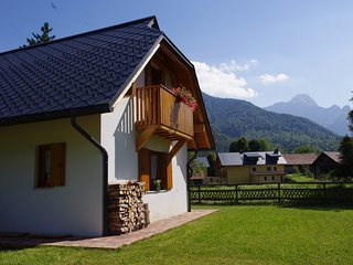casa con vista sul Monte Mangart - Fusine in Valromana vacation rentals
