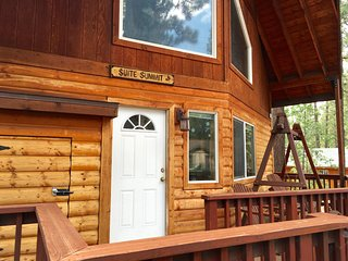 SUITE SUMMIT - CRAWL TO SNOW SUMMIT! - Big Bear Lake vacation rentals
