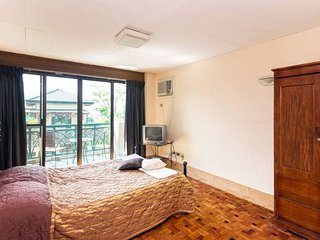Charming Private room in Tagaytay with A/C, sleeps 2 - Tagaytay vacation rentals