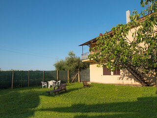 Nice Villa with Deck and Internet Access - Crecchio vacation rentals