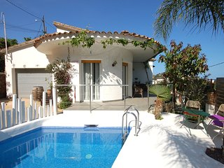 BEAUTIFUL HOUSE with PRIVATE POOL - Tossa de Mar vacation rentals