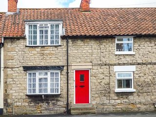 ALFIE'S PLACE, pet-friendly, country holiday cottage, with a garden in - Pickering vacation rentals