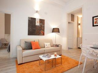 2 bedroom luxury apartment in Barcelona center - Barcelona vacation rentals