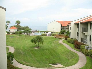 Gorgeous Water View, Tierra Verde Fl Condo! Completely Renovated, Free Wifi - Tierra Verde vacation rentals