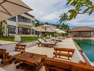 Superb Beachfront 4 bdrs villa - Villa Lucia - Tenganan vacation rentals