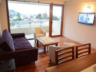 Mapapa, con vista al lago y estacionamiento - San Carlos de Bariloche vacation rentals