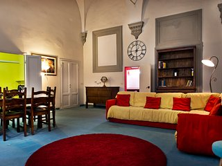 A WING OF TEMPI PALACE - Florence vacation rentals