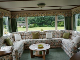 6 Birth Well Equipped Comfortable Caravan - Llanbrynmair vacation rentals