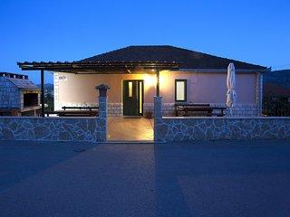Nice 2 bedroom Condo in Vela Luka - Vela Luka vacation rentals