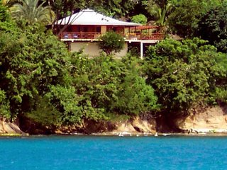 Yellow Bird Waterfront Cottage, Carriacou - Hillsborough vacation rentals