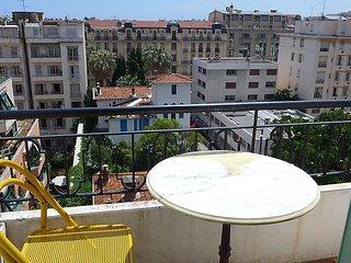 Bright 1 bedroom Vacation Rental in Nice - Nice vacation rentals