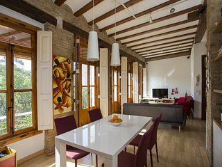Romantic 1 bedroom Manises Apartment with Internet Access - Manises vacation rentals
