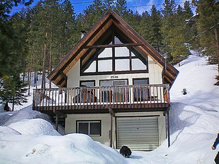 Bright 2 bedroom Cabin in Peshastin - Peshastin vacation rentals