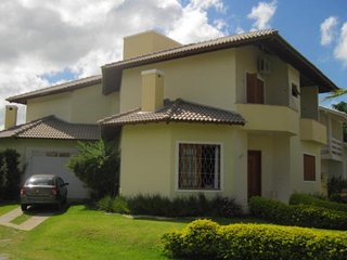 Casa com 5 quartos - Jurere,  otima localizacao - Jurere vacation rentals