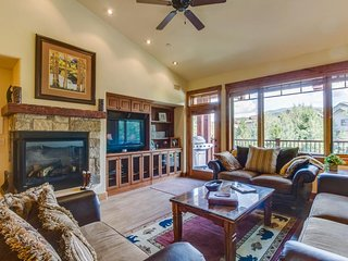 Spacious mountain condo w/shared pools, hot tubs, etc. - walk to the slopes! - Steamboat Springs vacation rentals
