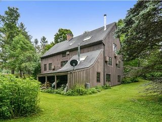 5 bedroom House with Internet Access in Stowe - Stowe vacation rentals