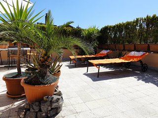 Trastevere - Cedro 1 Terrace Apartment - Rome vacation rentals
