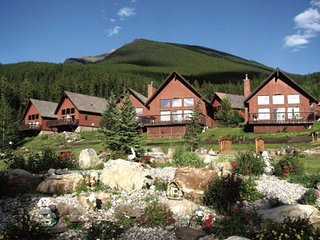 Banff Gate Mountain Resort in a 2 Bedroom Chalet - Canmore vacation rentals