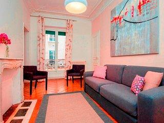 202418 - Appartement 6 personnes Sentier - Bonne N - 1st Arrondissement Louvre vacation rentals