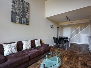 Astonishing Two Bedroom+ a Loft in Downtown LA - Los Angeles vacation rentals