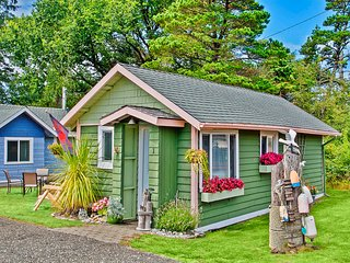 Romantic 1 bedroom Grayland Cottage with Internet Access - Grayland vacation rentals
