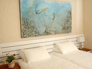 Oceanique Guest House close to the sea - Hermanus vacation rentals
