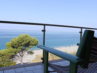 Great apartment in front of the sea - Longobardi vacation rentals