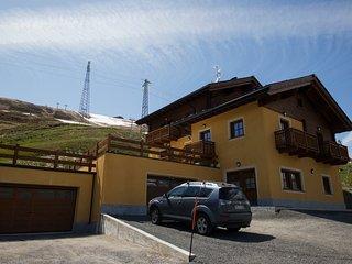 2 bedroom Condo with Internet Access in Livigno - Livigno vacation rentals