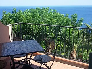 Casa Belvedere - apartment with lovely sea views - Sant' Alessio Siculo vacation rentals
