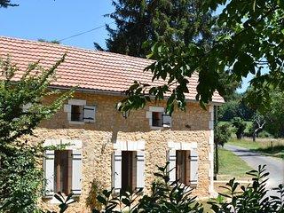 La Cote de Cor - Beautifully restored farmhouse 2 bedroom gite - Saint-Avit-Senieur vacation rentals
