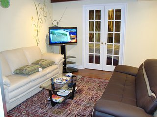 Stylish, Furnished and Cozy 1 Bedroom Apartment - Montreal vacation rentals