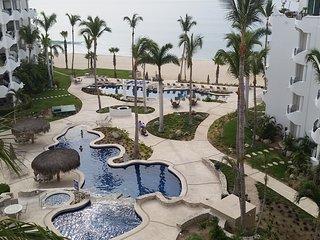 Beach Condo with fabulous views - San Jose Del Cabo vacation rentals