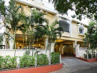 Banjara Hills, Road no 12, Pent House - Hyderabad vacation rentals
