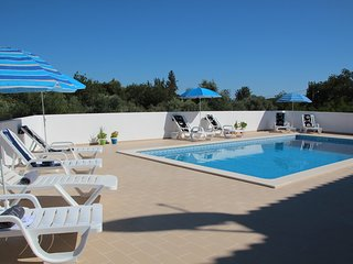 Villa Olive - EASTER DISCOUNTS APPLY - please enquire within - Loule vacation rentals