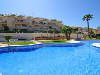 Nice Condo with Shared Outdoor Pool and Television - Calpe vacation rentals