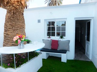 Modern and centrally located studio - Corralejo vacation rentals