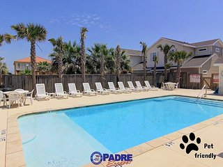 Pet-friendly Townhouse Close to the Beach! Perfect summer Vacay Property! - Corpus Christi vacation rentals