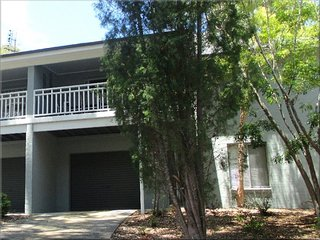 101 Ironbark Family Townhouse Ironbark Townhouse 2 nights - Cams Wharf vacation rentals