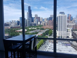 Breathtaking Views in Luxurious Apt Downtown! - Chicago vacation rentals
