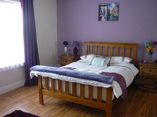 Bright 2 bedroom Vacation Rental in Westport - Westport vacation rentals