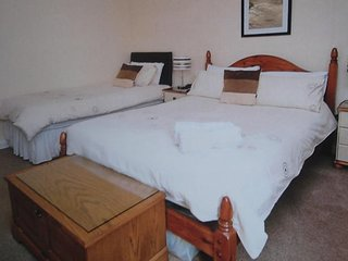Meadow View Guest House rm 3/ 4 /5/ 6 /7  double - Newquay vacation rentals