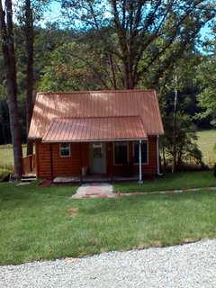 Beautiful Cabin with A/C and Parking - Frenchburg vacation rentals