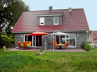 Beautiful 2 bedroom House in Aurich - Aurich vacation rentals