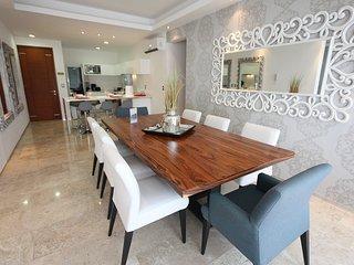 Amazing big apartment, 4 bedroom, big groups of 10 - Playa del Carmen vacation rentals
