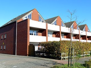 Beautiful 2 bedroom House in Dornumersiel - Dornumersiel vacation rentals