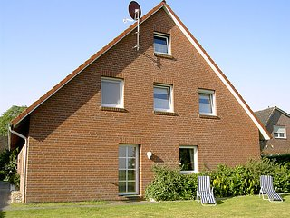 Cozy 3 bedroom House in Dornumersiel - Dornumersiel vacation rentals