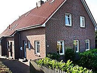 Cozy 2 bedroom Dornumersiel House with Television - Dornumersiel vacation rentals